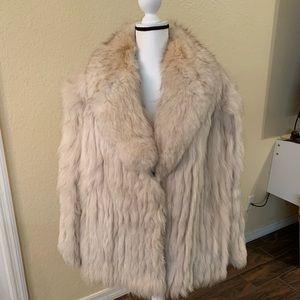 Vintage Saga blue fox medium white coat.